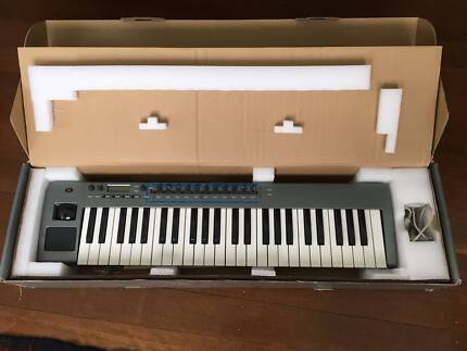 Novation Xiosynth 49 Synthesizer/Midi Controller