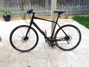 Specialized Sirrus Elite Disc - Large (L) Flatbar city bike Petersham Marrickville Area Preview