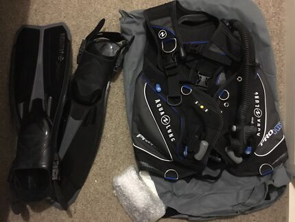 Dive gear: bcd, mask, fins, stage, regulator, weights, belt, wetsuit
