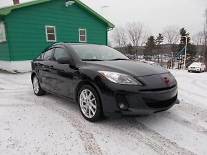 2012 Mazda 3 WOW WHAT A SPORTY CAR! - GT - LEATHER - SUNROOF -