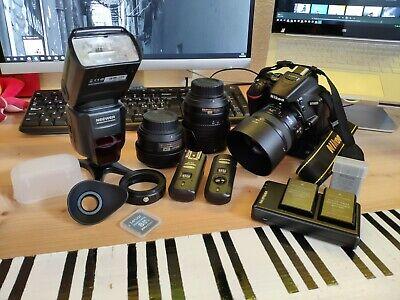Body Reflex Nikon D5600 + Nikkor 35mm + Yongnuo 50mm + Nikkor 18-105mm + KIT