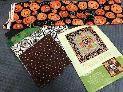 Halloween Quilt Kits (MR. HALLOWEEN QUILT KIT, Quilt Kit Lynette Jensen THIMBLEBERRIES, Table Topper)