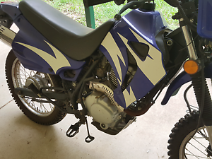 URGENT SALE 200cc cross enduro offroad motor bike North Maclean Logan Area Preview