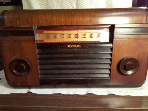 Vintage RCA Victor 55U Radio Phonograph Record Player Parts or Repair