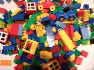 Lego DUPLO 1/4 Kilo SELECTION OF MIXED BRICKS PIECES BLOCKS from picture