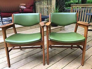 Vintage Set Gunlocke Mid Century Modern Arm Chairs Pair Green Retro VinylGunlocke Chair   eBay. Mid Century Modern Chairs Ebay. Home Design Ideas