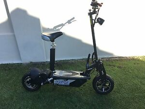 Revo electric scooter Kyeemagh Rockdale Area Preview
