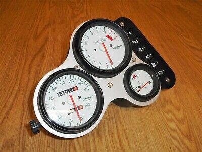 TRIUMPH DAYTONA T595 955I OEM UK SPEC SPEEDO CLOCKS TACHO 33K MILES