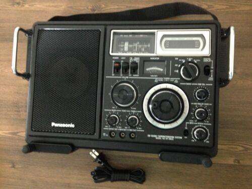 Panasonic FM-MW-SW 5 Band Receiver Model No RF-2900, Excellent.