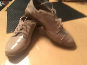NEVADA SHOES SIZE 4
