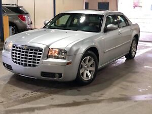 Chrysler 300 C Loaded -Low km- QUICK SALE