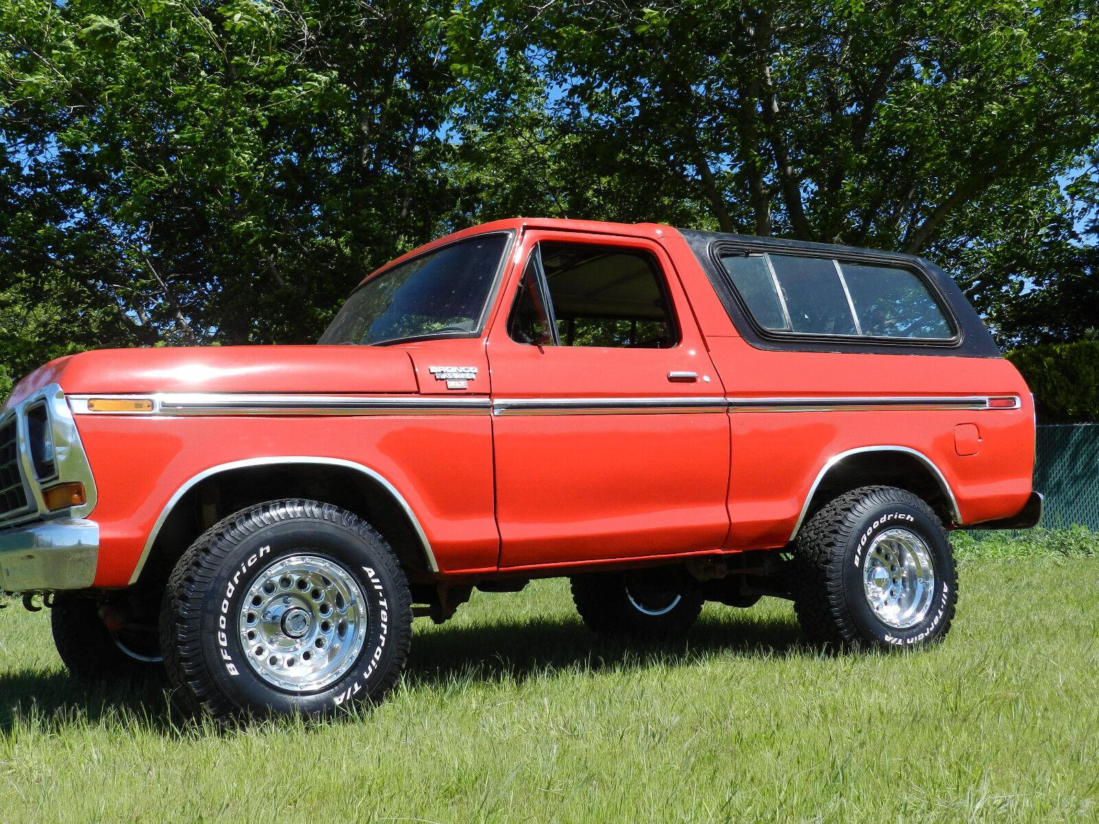 1979 Ford Bronco Ranger xlt 1979 Ford Bronco Ranger XLT 4x4 red on black classic rare collector suv auto