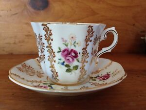 Fine Bone China - Tea Cups and Saucers