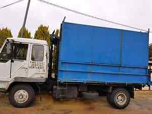 Mitsubishi Tiptk 1986 chipper truck Wanneroo Wanneroo Area Preview