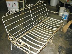 Patio-Cast-IRON-Set-OF-Outdoor-Garden-Lawn-Yard-Deck-Furniture-VINTAGE