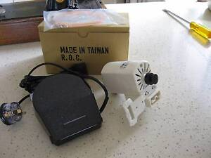 NEW SINGER SEWING MACHINE DOMESTIC MOTOR AND FOOT CONTROLLER Camp Hill Brisbane South East Preview