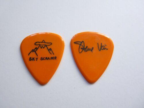 STEVE VAI DAVID LEE ROTH SKY SCRAPER 1988 TOUR ISSUED GUITAR PICK ORANGE