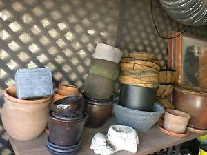 Assorted Pots and Hanging Baskets Buttaba Lake Macquarie Area Preview