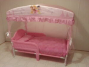Princess canopy toddler bed Williams Lake Cariboo Area image 1