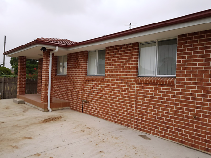 Near new good location two bedrooms granny flat for rent