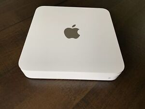 Apple 2 TB  Router Time Capsule