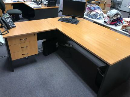 Office Furniture - FREE must be collected by 22/Dec