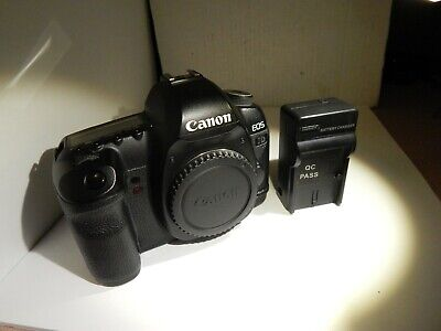 Canon EOS 5D Mark II 21.1MP Camera Body w/Charger,Battery 64GB Card.Tested
