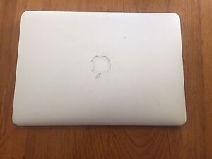 Macbook Air GREAT CONDITION
