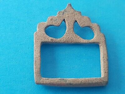 Lovely Medieval bronze buckle in uncleaned condition found in Britian. L156v