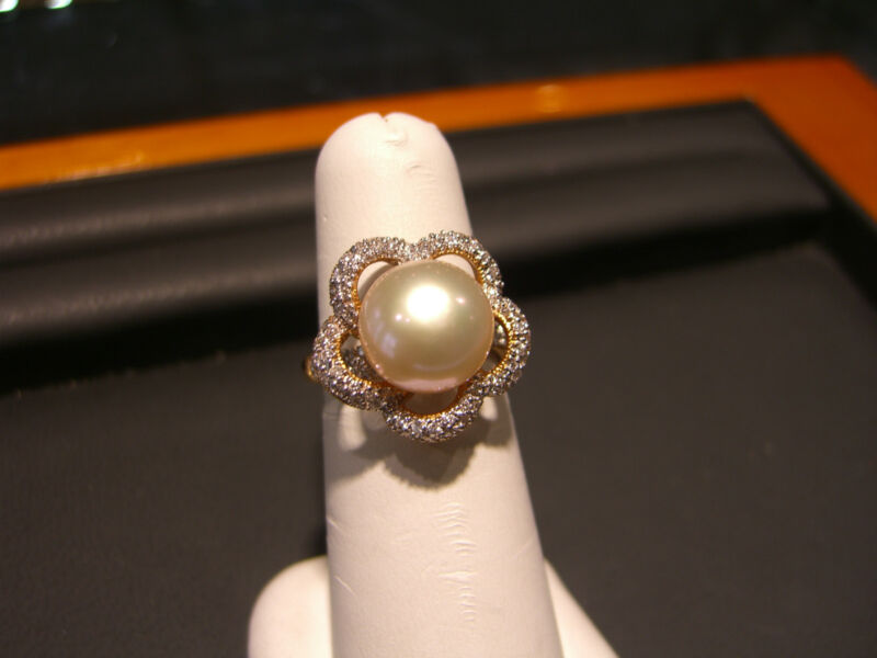Fine Womens 18 Karat Rose Gold Pink Pearl And Diamond Ring Wow!!!