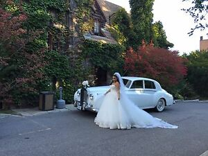 WEDDING LIMO-ROLLS ROYCE CLASSIC LIMOS