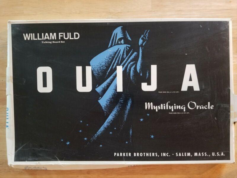 VINTAGE OUIJA BOARD - WILLIAM FULD SPIRIT BOARD - HALLOWEEN HORROR