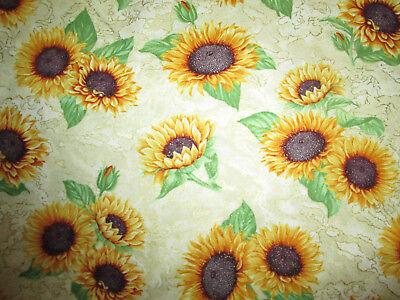 Yellow Sunflower Flowers (SUNFLOWER SUN FLOWERS METALLIC REALISTIC YELLOW GRN CREAM COTTON FABRIC FQ)