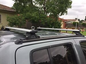 D40 roof racks Richmond Hawkesbury Area Preview
