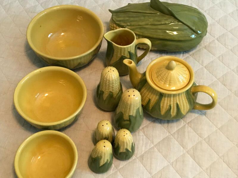 Shawnee King Corn vintage pottery
