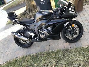 Kawasaki Ninja 636 *** ZX6R 2015 Black Matte