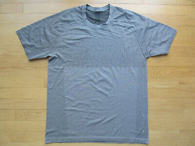 Lululemon Vent Tech T Shirt S Gray Men's Large Short Sleeve Athletic Top