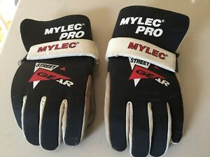 Ball Hockey Gloves