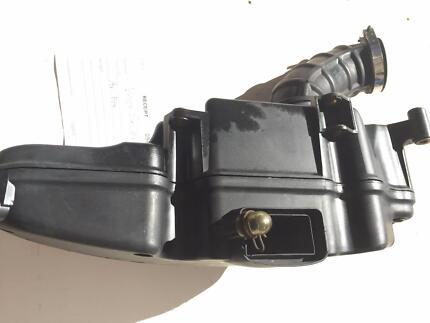 Air Box Vespa 200 L 2007 .