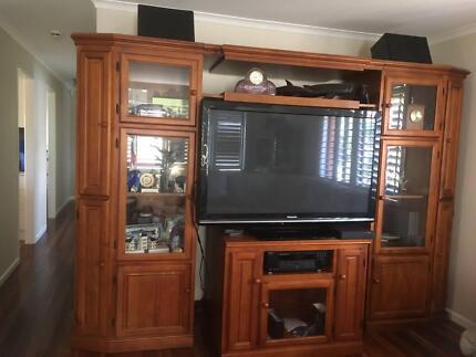 Wood wall unit/display cabinet   Cabinets   Gumtree Australia ...