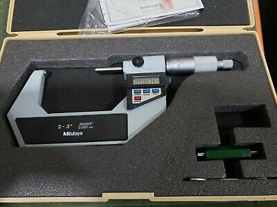 Mitutoyo Digital Micrometer 2-3 Range No 293-723-10 Attachments Case