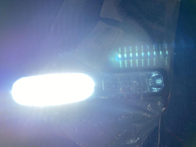 WHELEN AVENGER DUAL AVNS2 SUPER LED LIGHT SPECIAL ORDER SYNC B WHITE MSRP $437