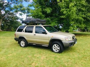 *MAKE AN OFFER!* NISSAN PATHFINDER V6 4x4 WITH KINGS ROOFTOP TENT