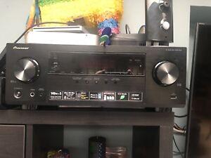 ***Pioneer and Polk Audio 5.1 Surround Sound $160 OBO***