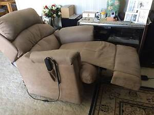 Electric Recliner / Lift Lounge Chair Arundel Gold Coast City Preview