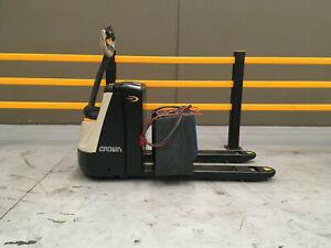Crown WP2320 WP Series Pallet Jack Welshpool Canning Area Preview