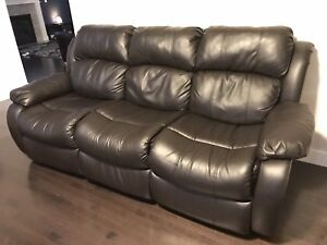 Black Leather Recliner Couch & Love Seat