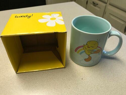 Tweety Bird Irresistable Warner Brothers Cartoon Logo Coffee Mug Cup