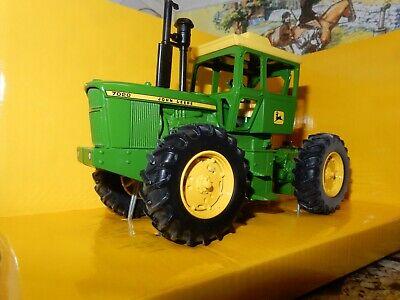 Britains ERTL John Deere 7020 4 WD Tractor Die-Cast Model 1:32 42103 Brand New..