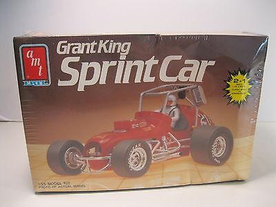 GRANT KING SPRINT CAR MODEL KIT BUILD 2 IN 1 AMT ERTL MINT SEALED BOX #6511